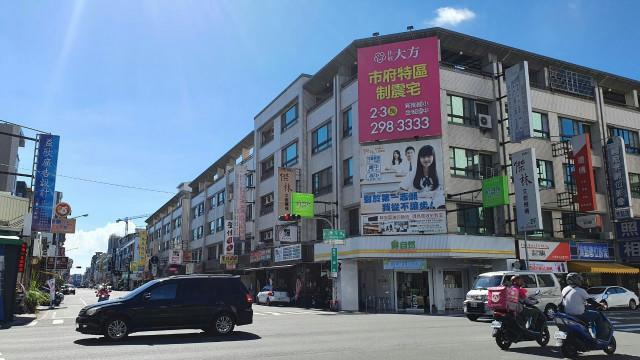 安平百慶朝南透店,台南市安平區平通路