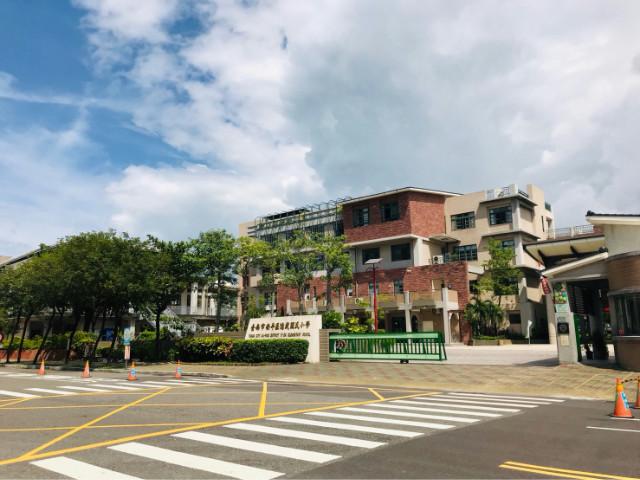 億載國小美車墅,台南市安平區光州三街