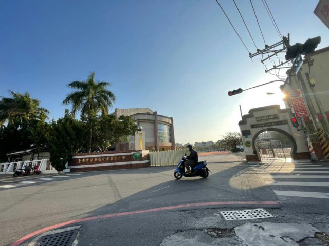 大安街大地坪透天,台南市安南區大安街
