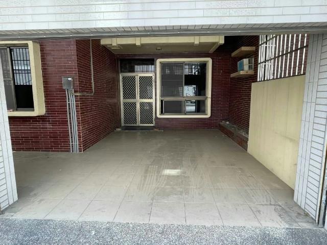 近東區34地坪車墅,台南市南區國民路
